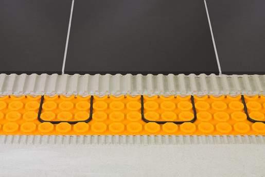 Pavimento riscaldato elettrico con funzione d impermeabilizzazione